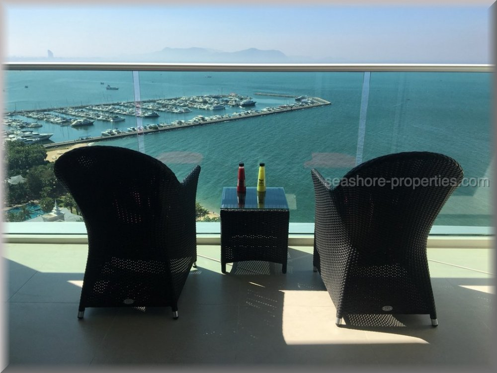 movenpic residences and pool villa  Condominiums to rent in Ban Amphur Pattaya