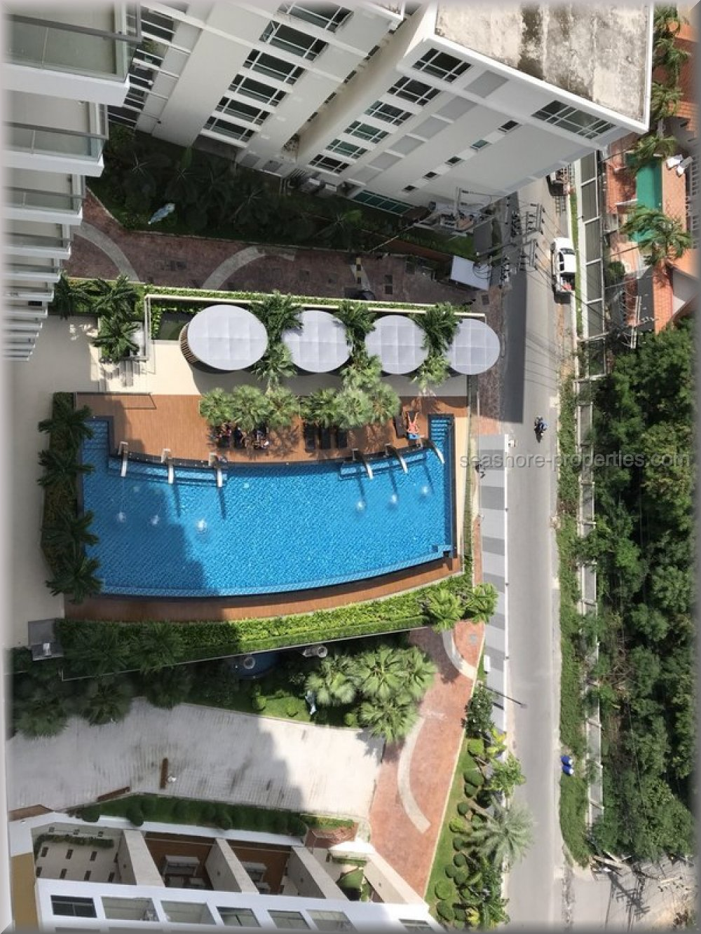 Seashore Properties (Thailand) Co. Ltd. The Peak Towers Condominiums for sale in Pratumnak Pattaya