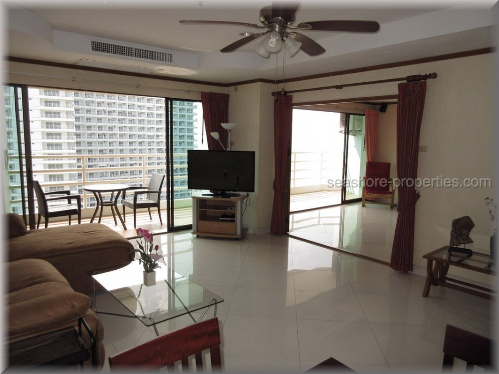 pic-3-Seashore Properties (Thailand) Co. Ltd. view talay condo 5   to rent in Jomtien Pattaya