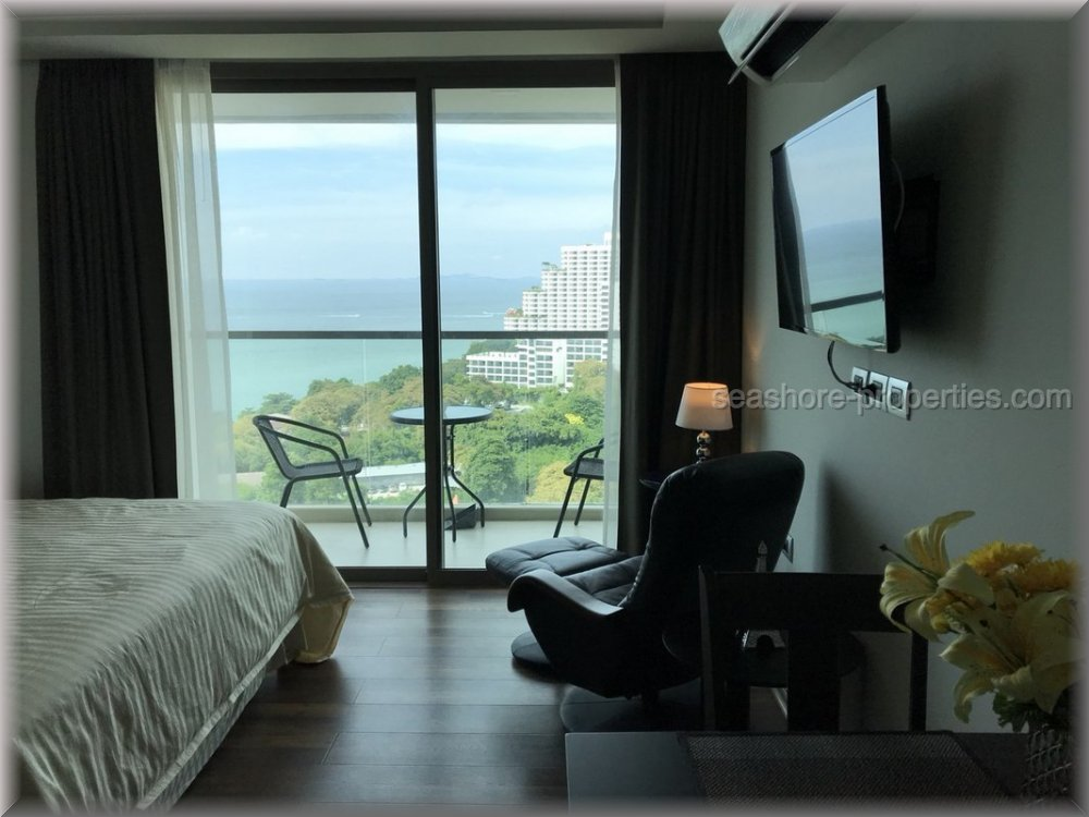 pic-3-Seashore Properties (Thailand) Co. Ltd. The Peak Towers Condominiums for sale in Pratumnak Pattaya