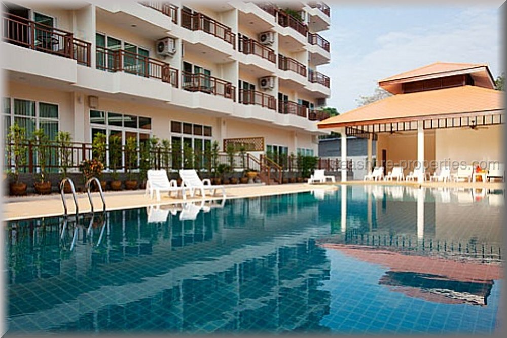 emerald palace, pattaya     to rent in Pratumnak Pattaya