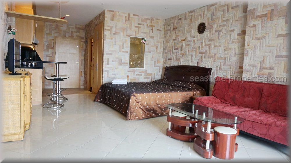 pic-2-Seashore Properties (Thailand) Co. Ltd. view talay condo 5d   to rent in Jomtien Pattaya