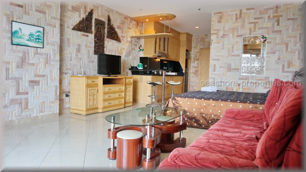 pic-3-Seashore Properties (Thailand) Co. Ltd. view talay condo 5d   to rent in Jomtien Pattaya