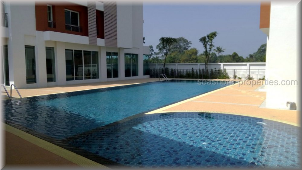 le beach condominium  for sale in Bang Saray Pattaya