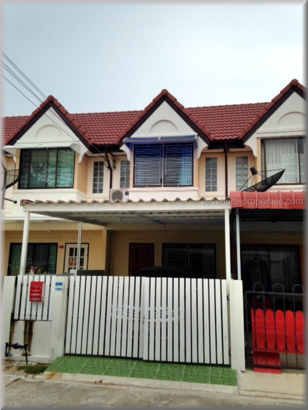 pattaya house hus till salu rent East Pattaya