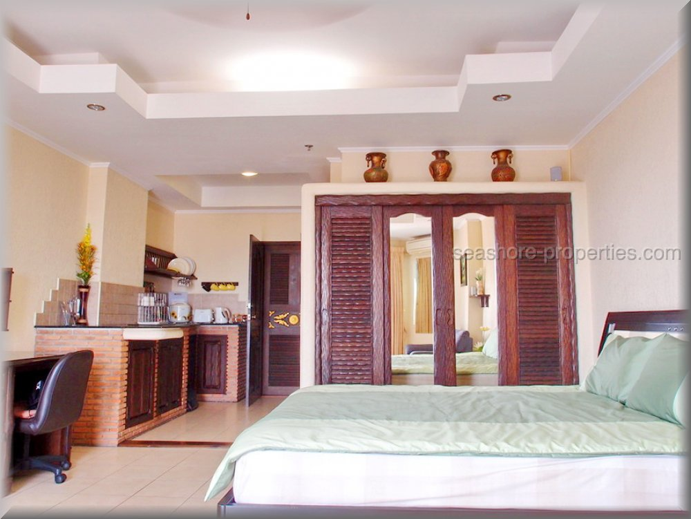 view talay 2 ,building a     to rent in Jomtien Pattaya