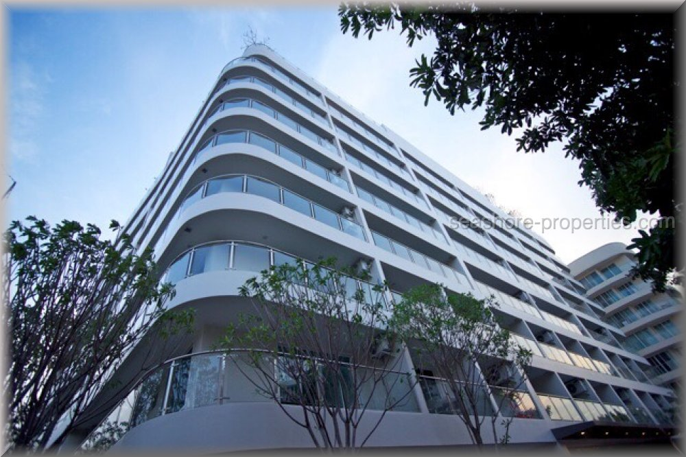 hyde park residence ii    to rent in Pratumnak Pattaya