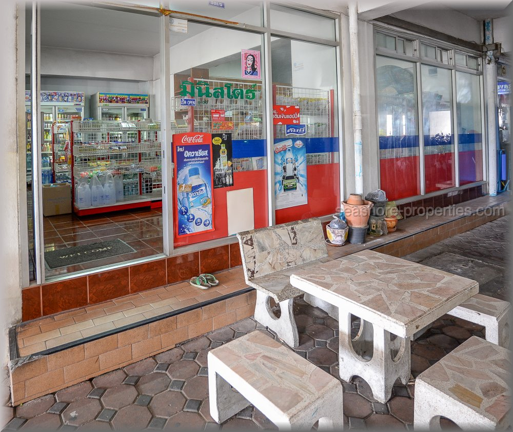 commercial unit in nirun for sale     for sale in Central Pattaya Pattaya
