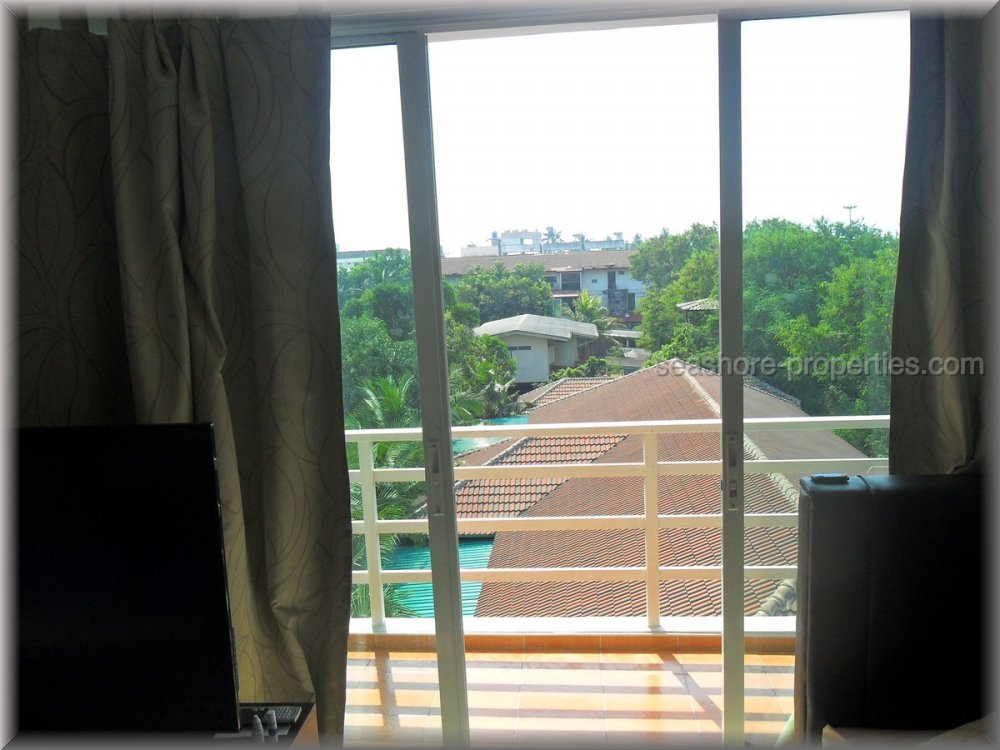 beach mountain 6 Condominiums for sale in Bang Saray Pattaya