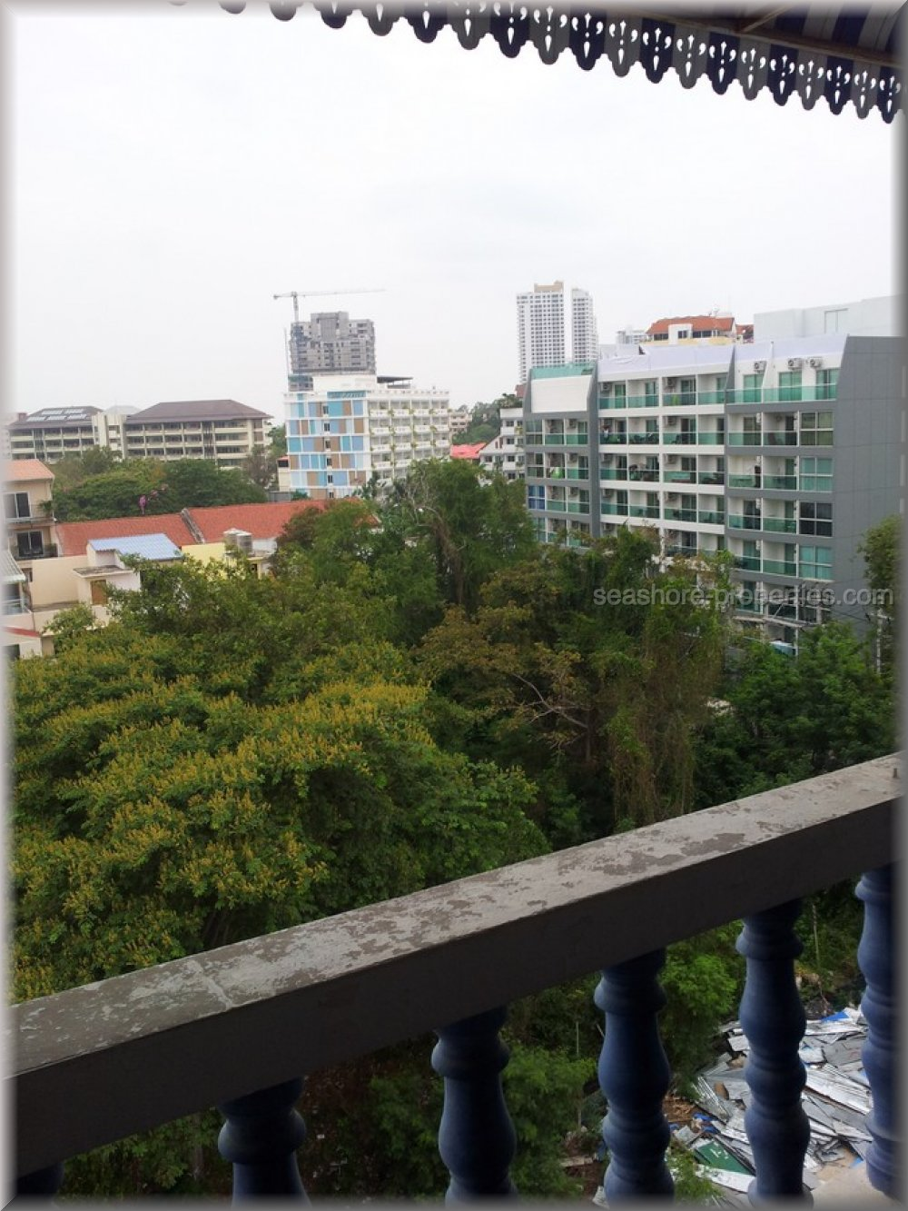 ruamchock condo view 5  to rent in Pratumnak Pattaya