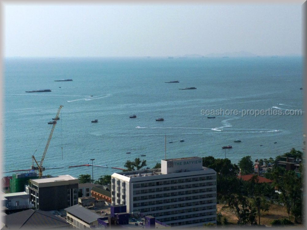 the base condominium  for sale in Central Pattaya Pattaya