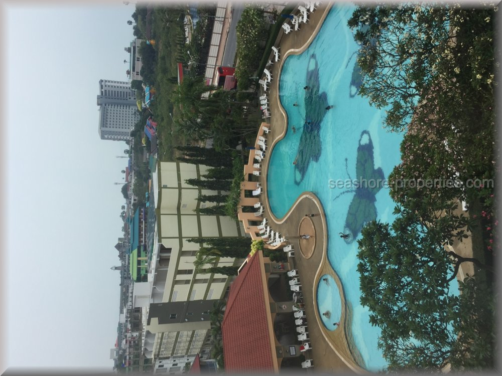 Jomtien Beach Condo  for sale in Jomtien Pattaya