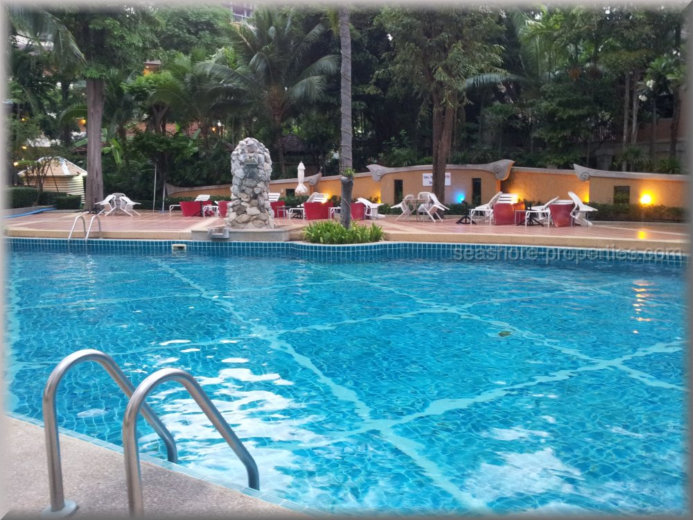 Chateau Dale Tower  Condominiums to rent in Jomtien Pattaya