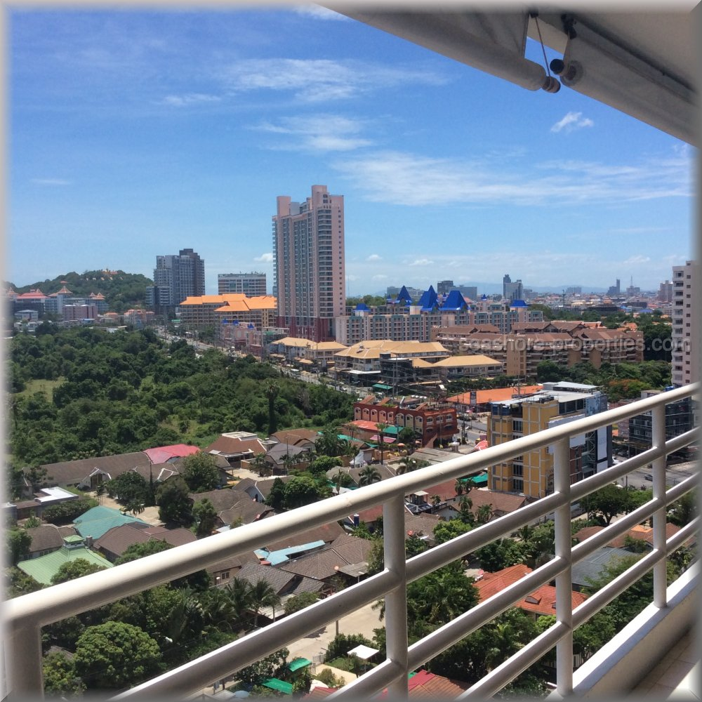 view talay condo 5 d    for sale in Jomtien Pattaya