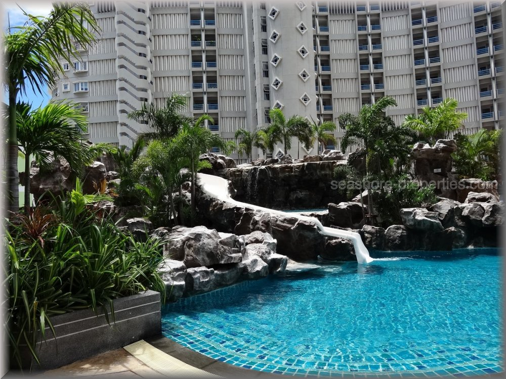 the cliff condo  to rent in Pratumnak Pattaya