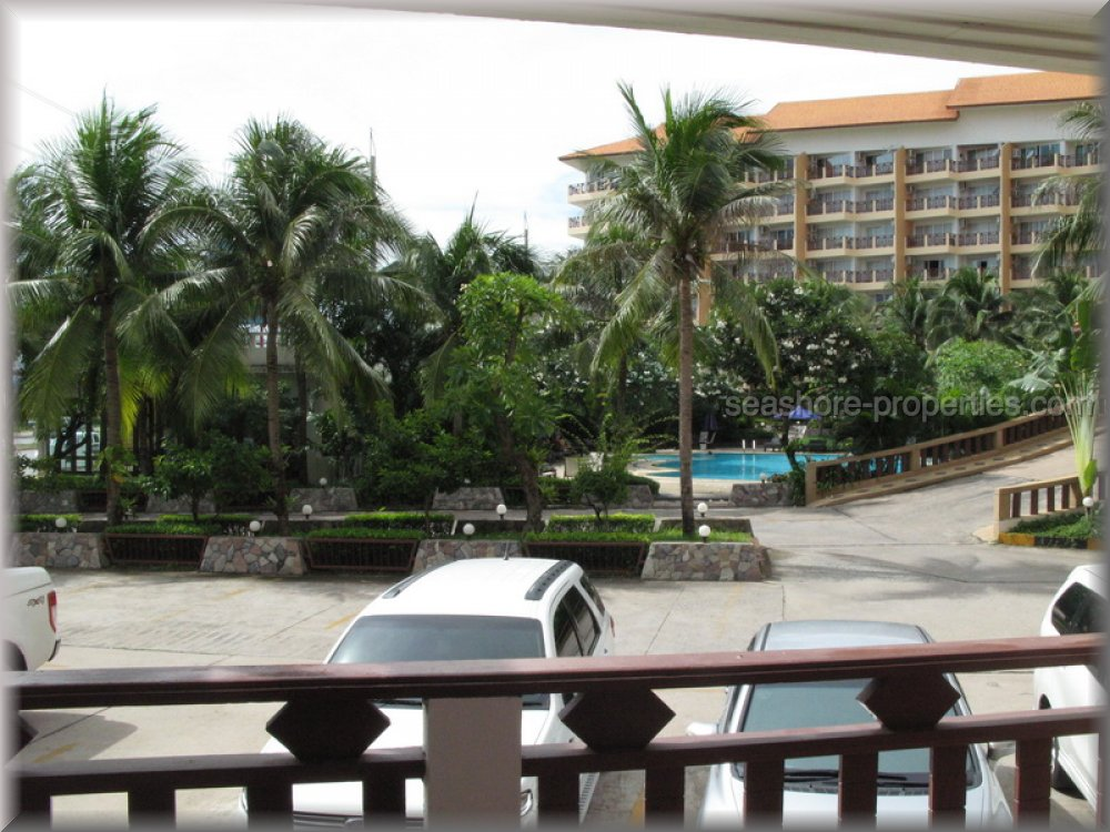 royal hill resort Condominiums for sale in Pratumnak Pattaya