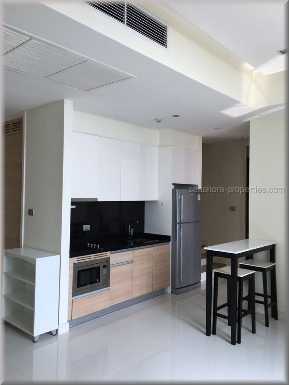 corner unit with front sea view  Condominiums to rent in Central Pattaya Pattaya