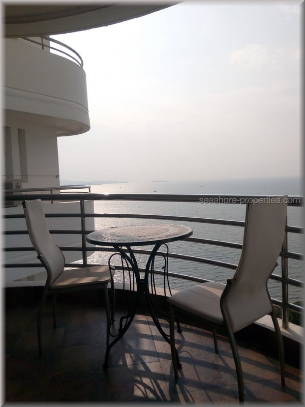 royal cliff condo per la vendita In pratumnak Pattaya