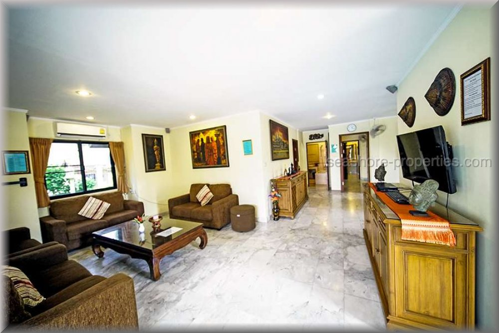pic-4-Seashore Properties (Thailand) Co. Ltd. baan laksee pool villa  Condominiums for sale in South Pattaya Pattaya