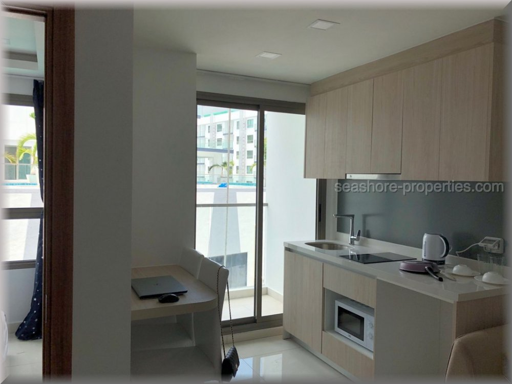 atlantis condo building a  for sale in Jomtien Pattaya